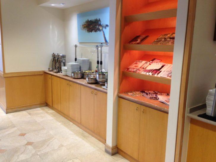 Sala VIP lounge oneworld en Terminal E de Miami - MIA-24