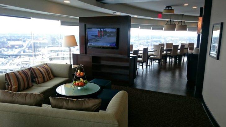 Sheraton Kansas City - Crown Lounge - 29