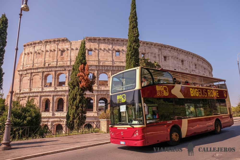 Autobús turístico en Roma, uno de los productos que puedes comprar con Civitatis