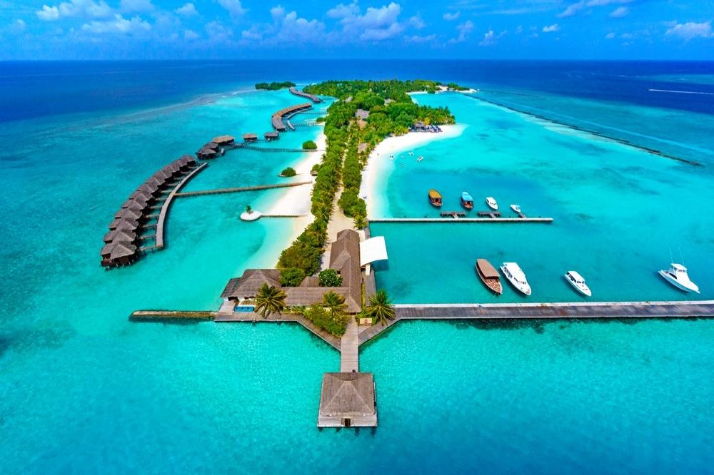 Maldivas, un paraíso natural para ricos turistas, en el que los extranjeros se llevan el dinero y la población local vive en la pobreza.