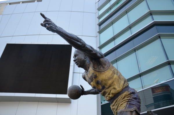 Estatuas NBA
