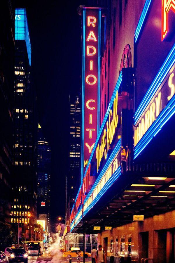 Cómo comprar entradas para Broadway con descuento