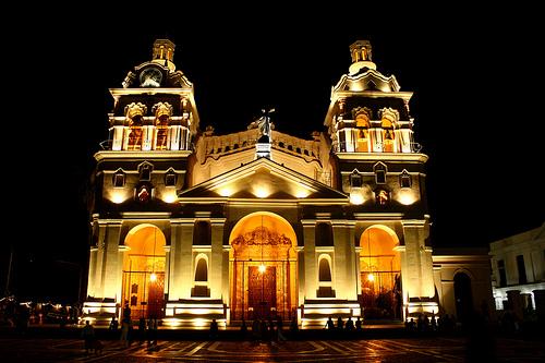 catedral-de-Cordoba-por-la-noche