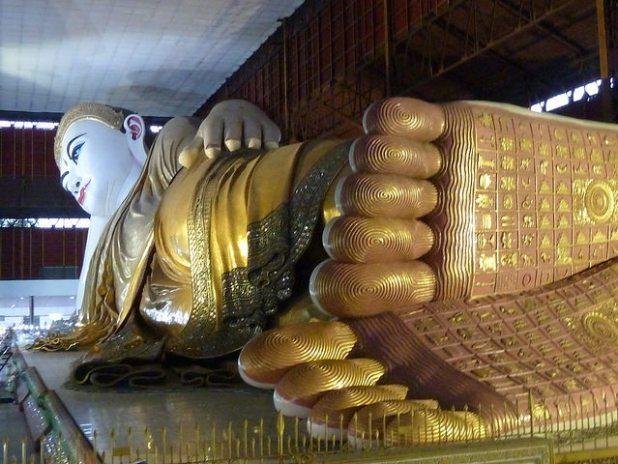 Buda tumbado