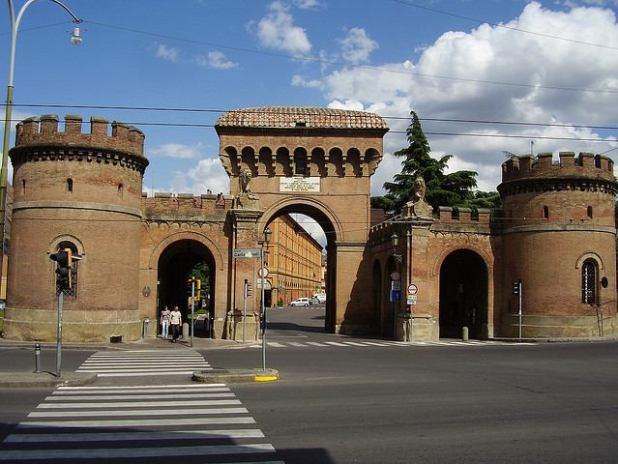 Porta Saragozza Bolonia