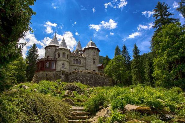 Castel dei Savoia