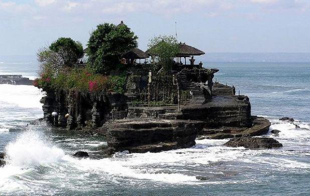 Templo en la playa en Canggu