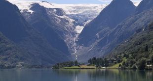 El glaciar Briksdal