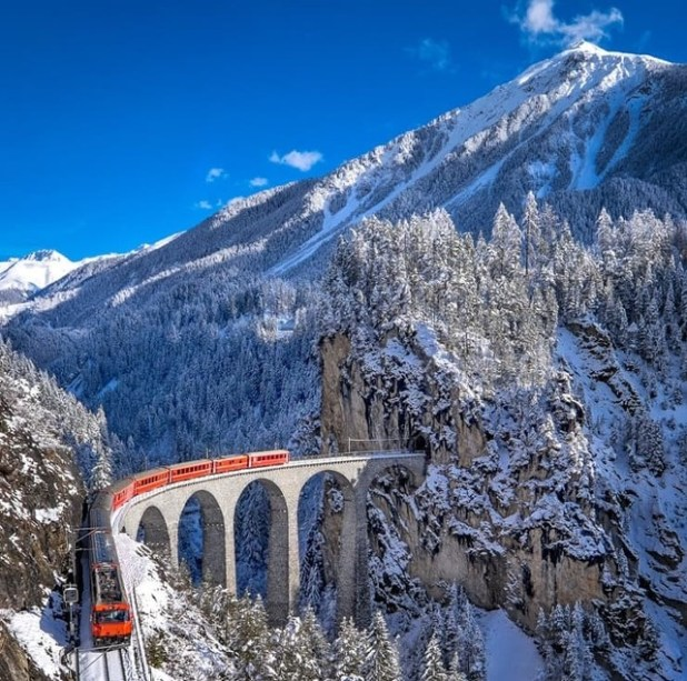 Glacier Express Suiza