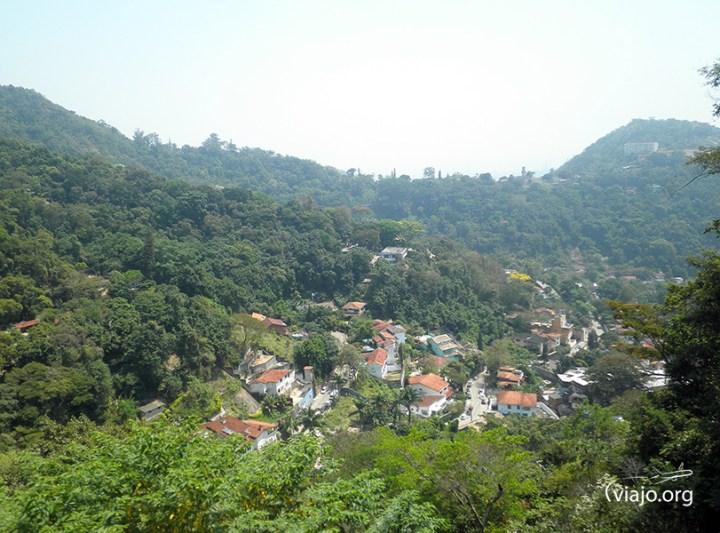 Tren de Corcovado - Vista del Paisaje Parque Nacional Tijuca