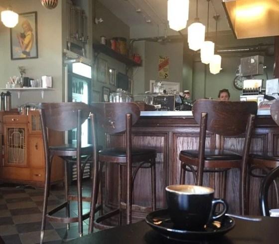 Cafés em Toronto, Little Nicky's