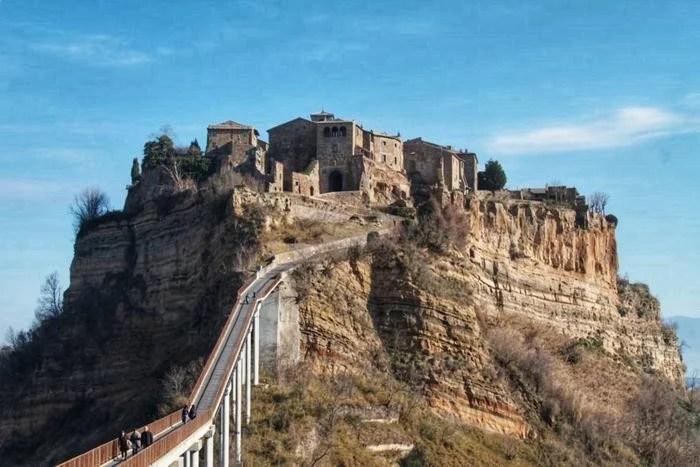 Civita di Bagnoregio, um dos vilarejos mais encantadores da Itália!