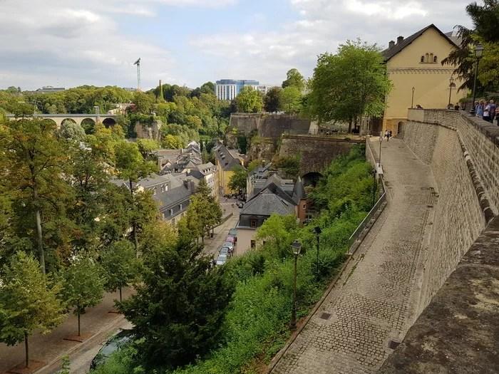 Luxemburgo Chemin de la Corniche1
