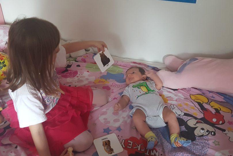 Bebe descoperă