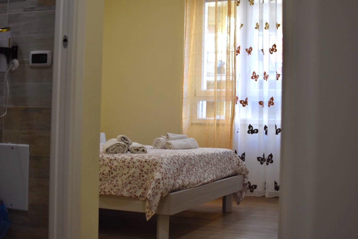 via-trento-30-bed-and-breakfast-salerno-raddoppia-con-via-trento-apartments-012