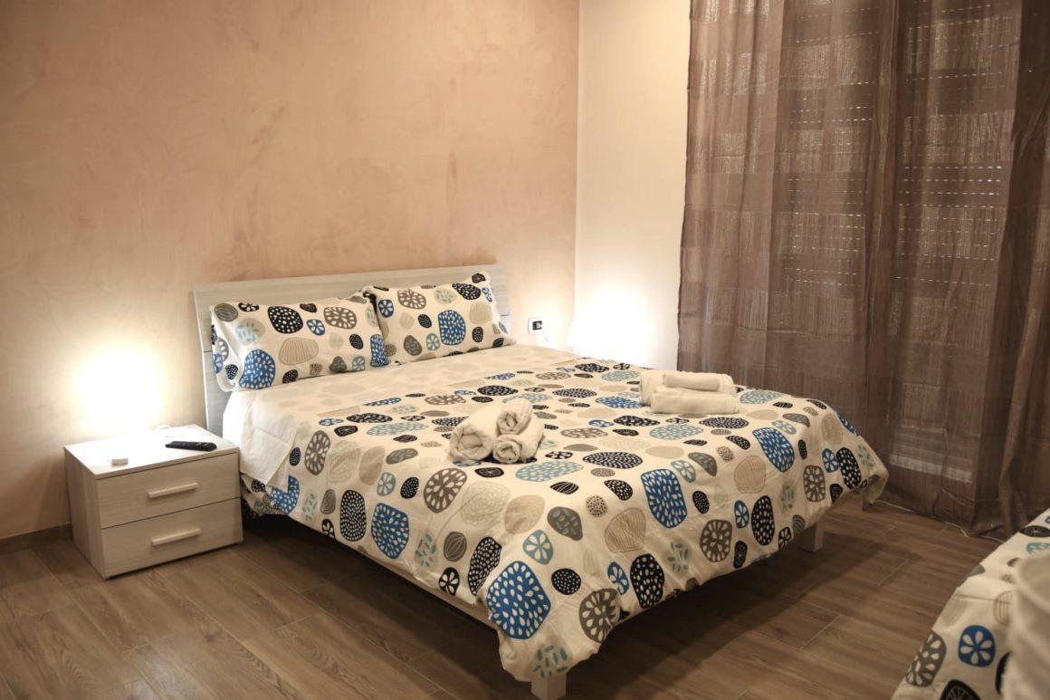 via-trento-30-bed-and-breakfast-salerno-raddoppia-con-via-trento-apartments-034