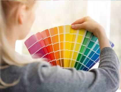 Få professionel malertips på farver og malertilbehør