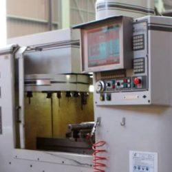 CENTRO DE MECANIZADO CNC MILLTRONICS VM16