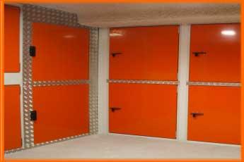 """Self Storage. trasteros con """"boxes"""" de doble altura"""