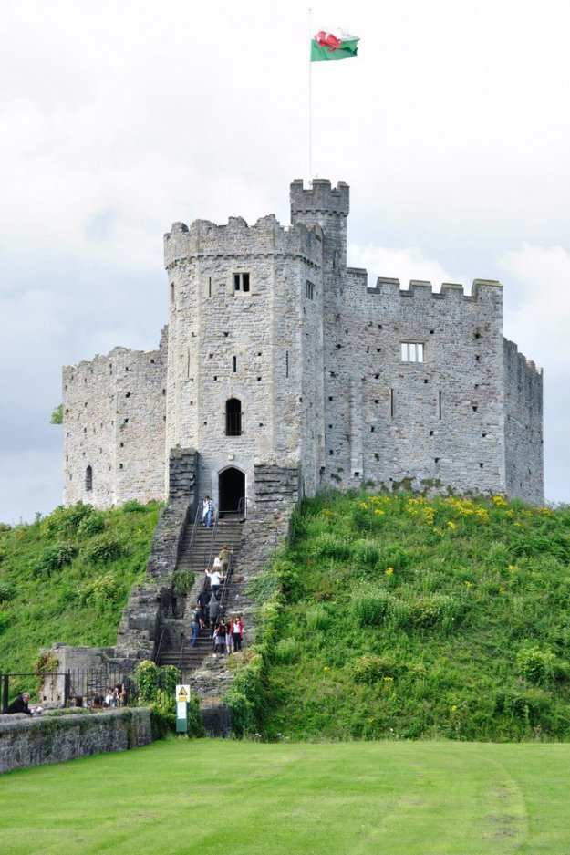 CardiffCastle1