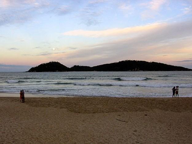 melhores praias de florianopolis campeche