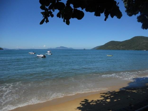 meia volta ilha grande praia fora