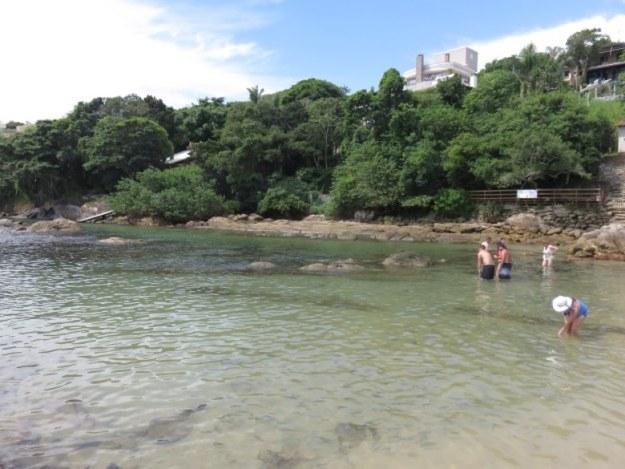 praias de bombinhas lagoinhas