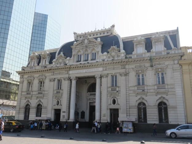 Prédio do Correio Central de Santiago. Foto: Marcelle Ribeiro.