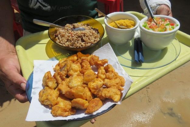 Almoço no Lago Grande. Foto: Marcelle Ribeiro.