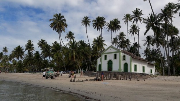 igreja de são benedito o que fazer na praia dos carneiros