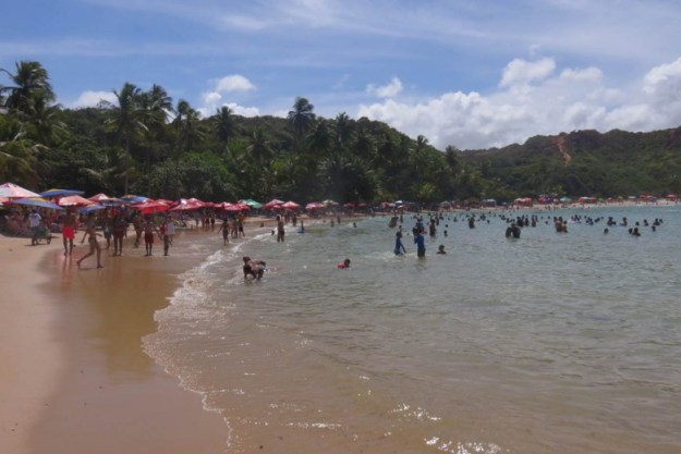 praia coqueirinho mar conde