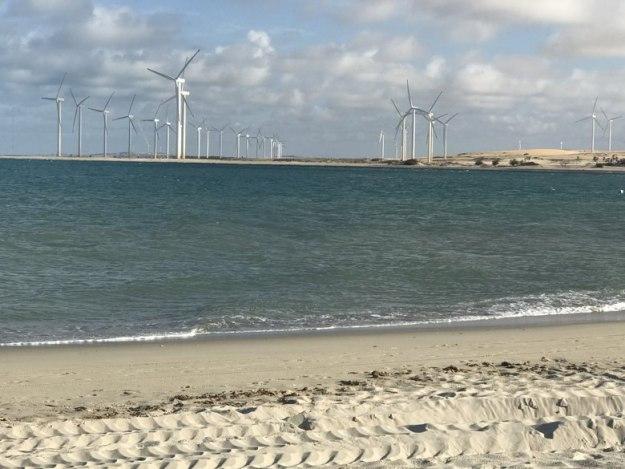 roteiro de praias no ceara vista eolicas fortim