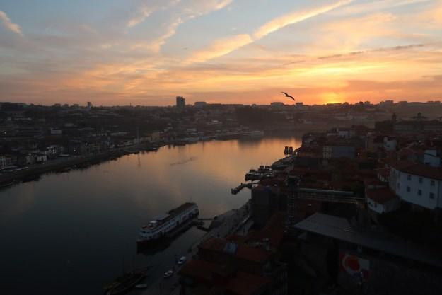Ponte Luís I por do sol rio