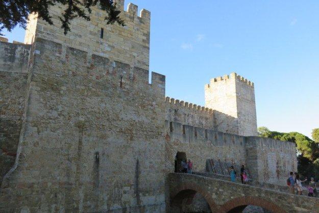 castelo de são jorge lisboa fachada