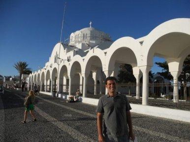O que fazer em Santorini, Catedral