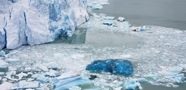 lago dos icebergs glaciar perito moreno
