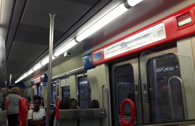 transporte-em-lisboa-trem-sintra