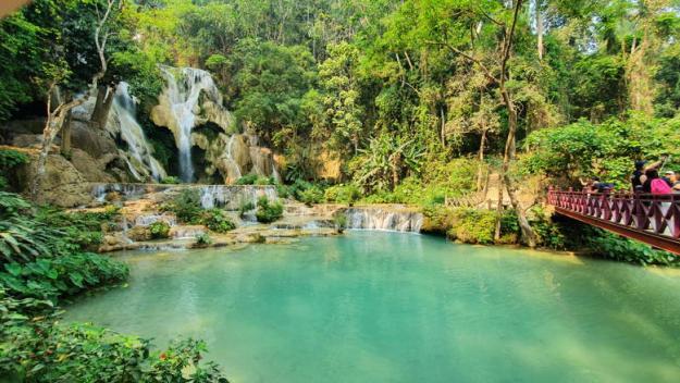 cachoeira kuang si o que fazer em luang prabang