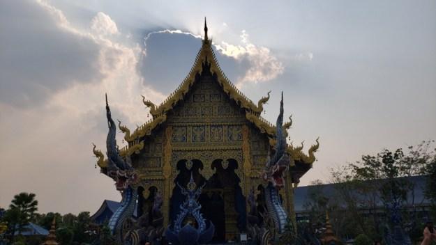 templo azul chiang rai fachada