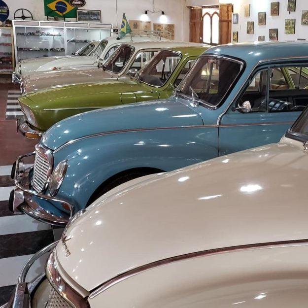 carros antigos museu do automóvel bichinho