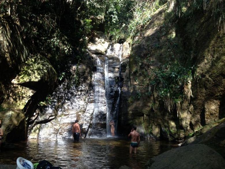 trilhas no rio de janeiro cachoeira do chuveiro