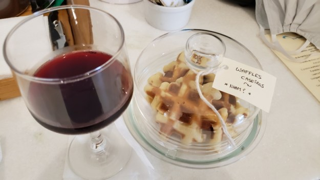 vinho waffle maris paraty