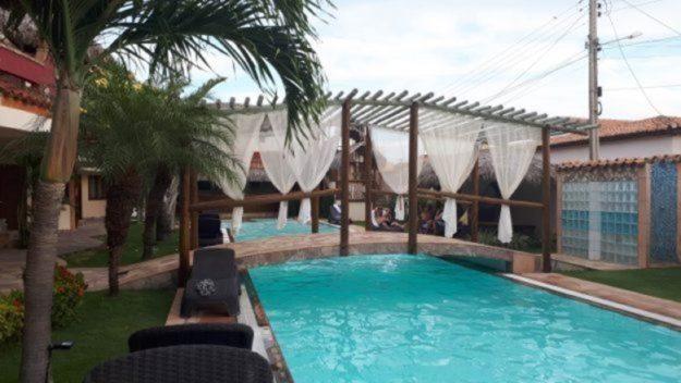 piscina pousada il nuraghe-onde-ficar-em-canoa-quebrada