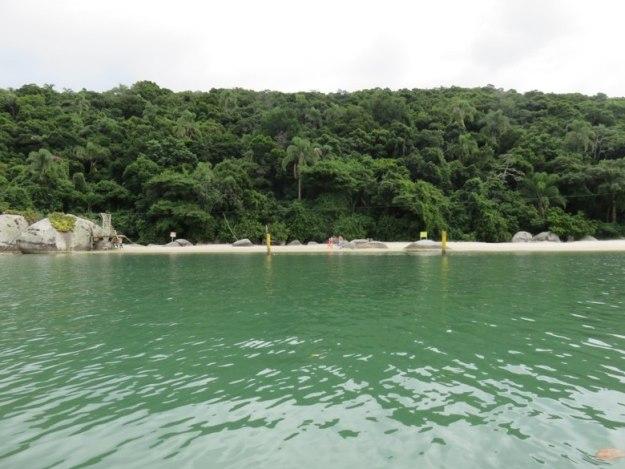 o que fazer em bombinhas ilha porto belo