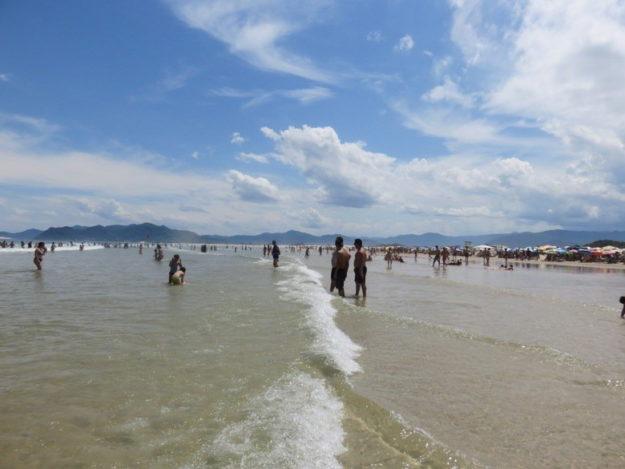 praias do sul de santa catarina guarda do embau