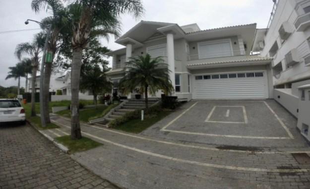 mansão jurerê casas para temporada em florianópolis