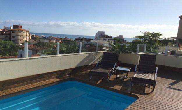 cobertura piscina casas para temporada em florianópolis