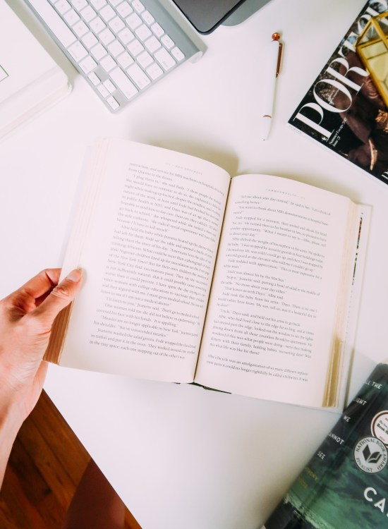 How To Read A Book In Less Than 24 Hours - www.viciloves.com - @viciloves1
