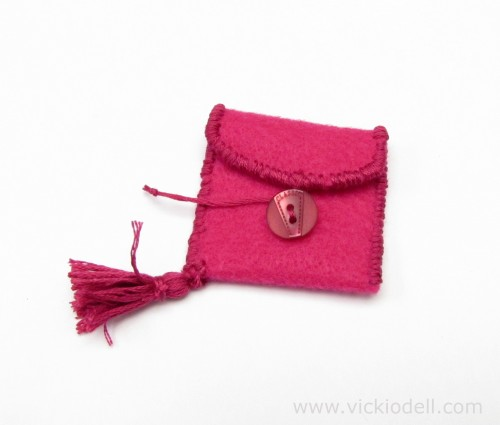 Make a Miniature Felt Bag to Help You Focus On Your Intentions