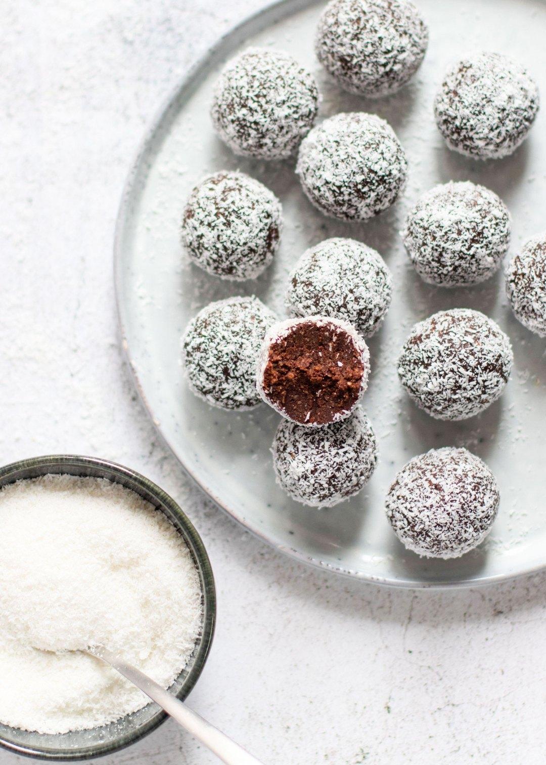 Bliss balls met chocolade & kokos